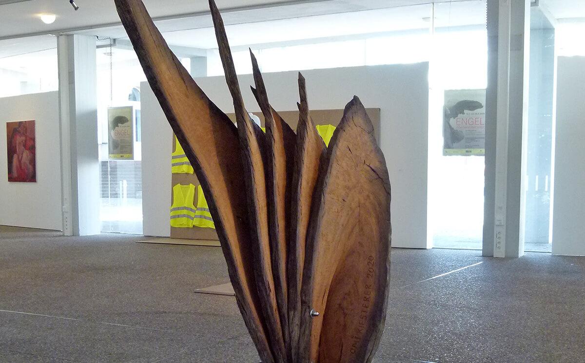 Engel oder kann das weg Ausstellung im Regierungspräsidium Karlsruhe Barbara Jäger OMI Riesterer