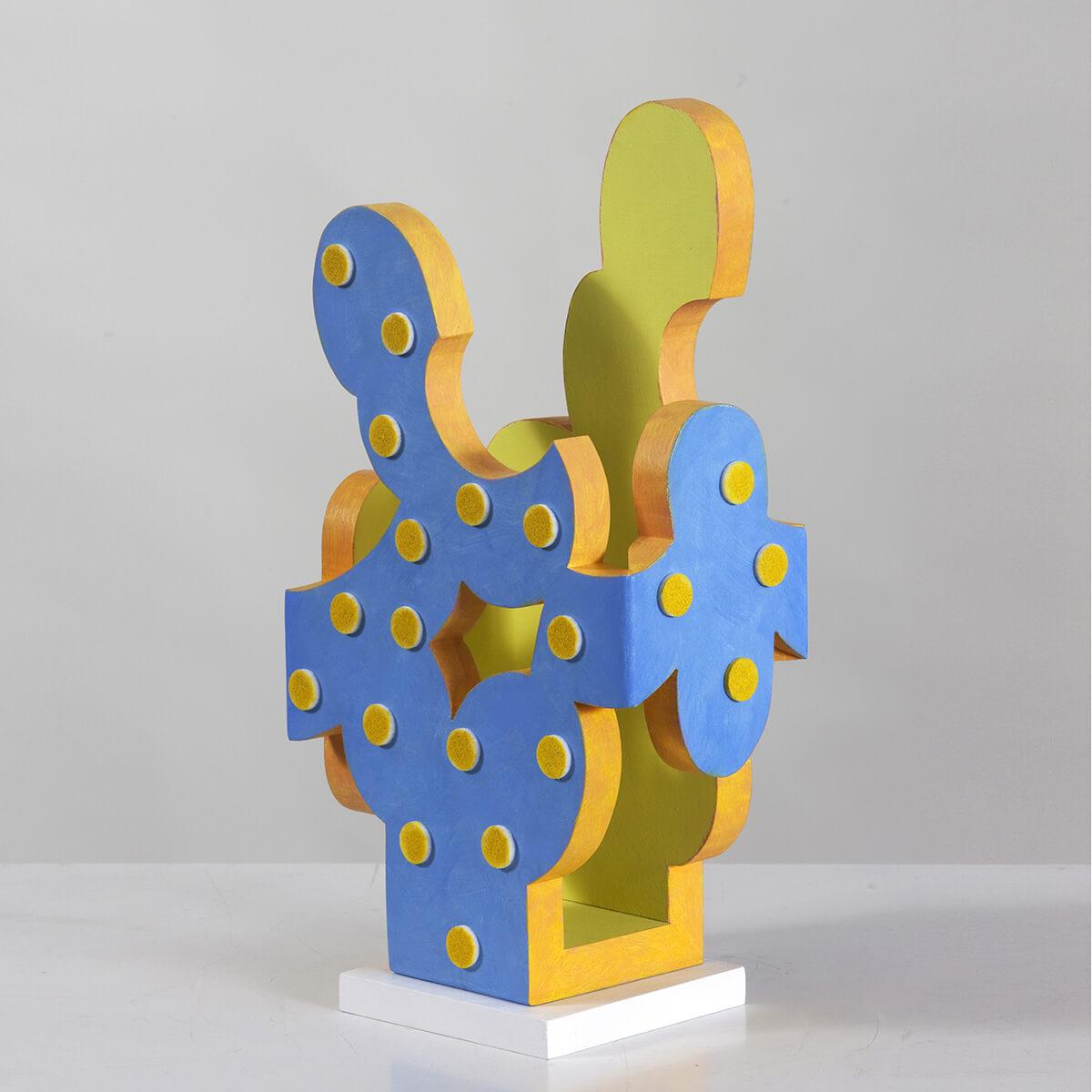 Barbara Jäger Skulpturen Innengelb Holz Acryl Filz