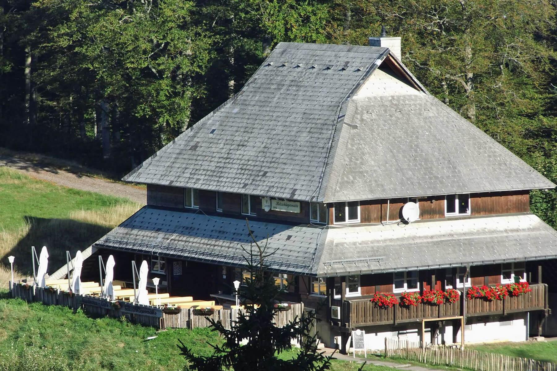 Bildhauer OMI Riesterer Karlsruhe Projekte Architektur Gasthaus Holzschlägermatte Schauinsland Freiburg