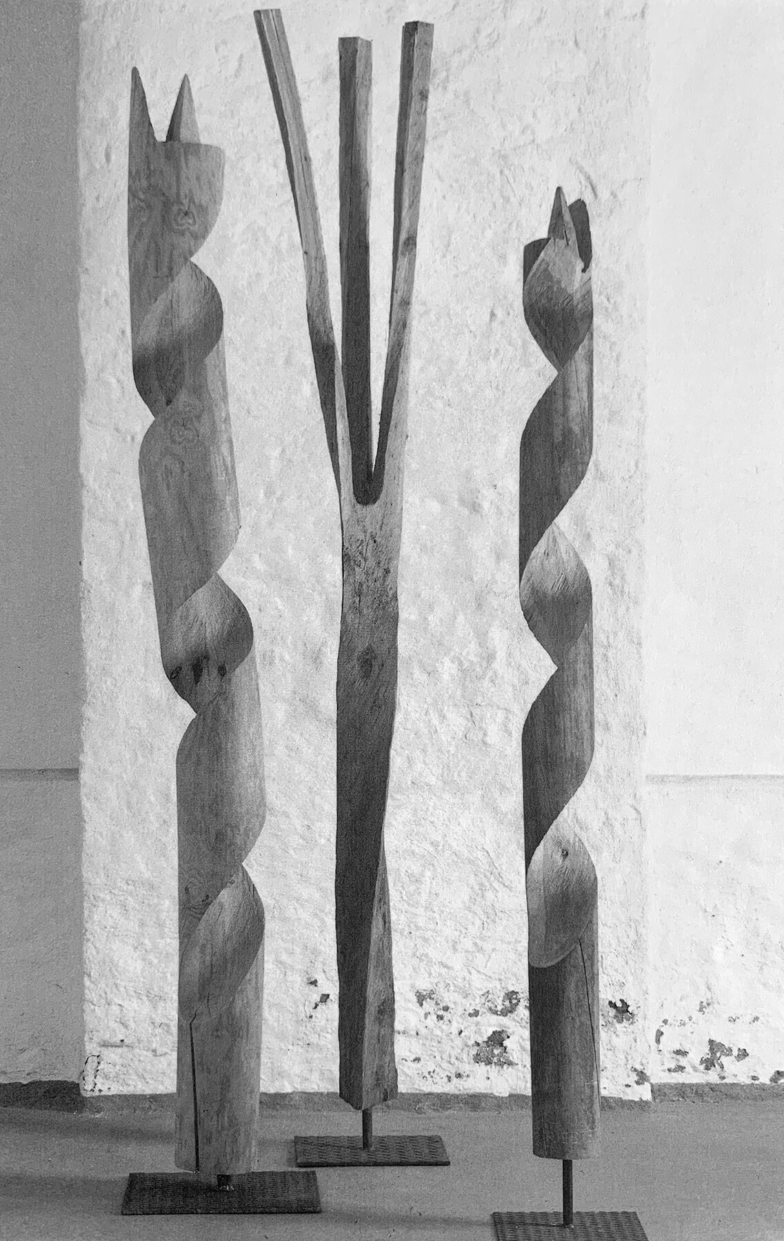 Bildhauer OMI Riesterer Skulpturen Bohrergruppe Eibe Vogelahorn