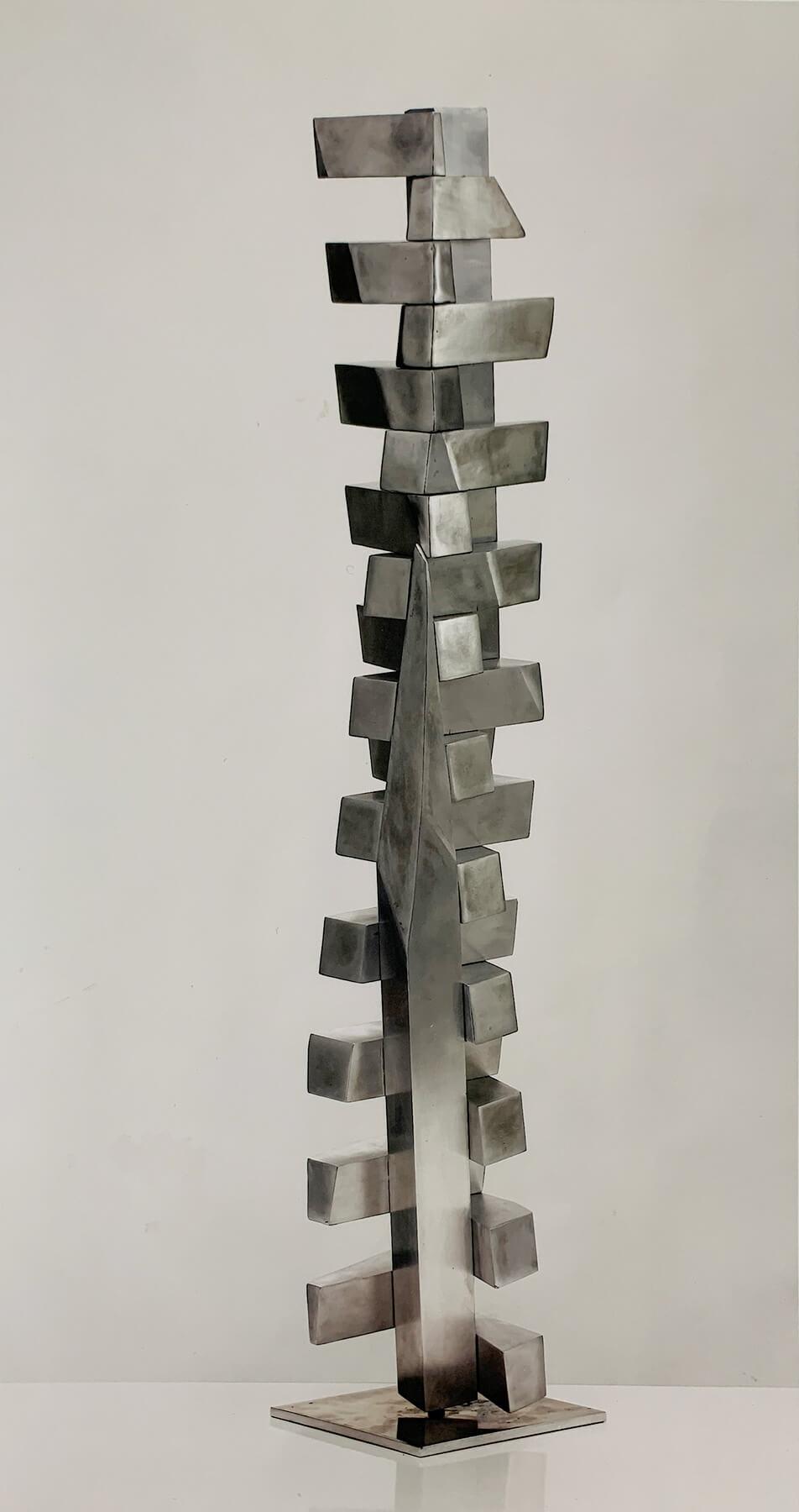 Bildhauer OMI Riesterer Skulpturen Glänzend Stehend Aluminium geschweißt