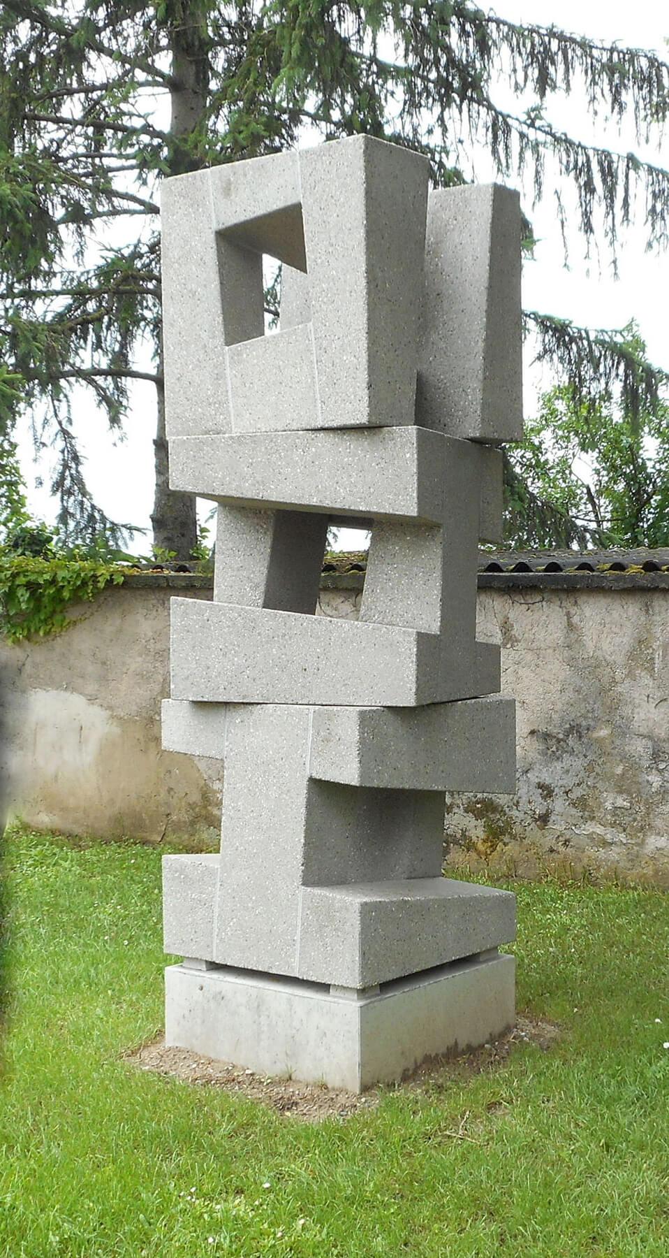 Bildhauer OMI Riesterer Skulpturen Würfelturm Beton Grezhausen