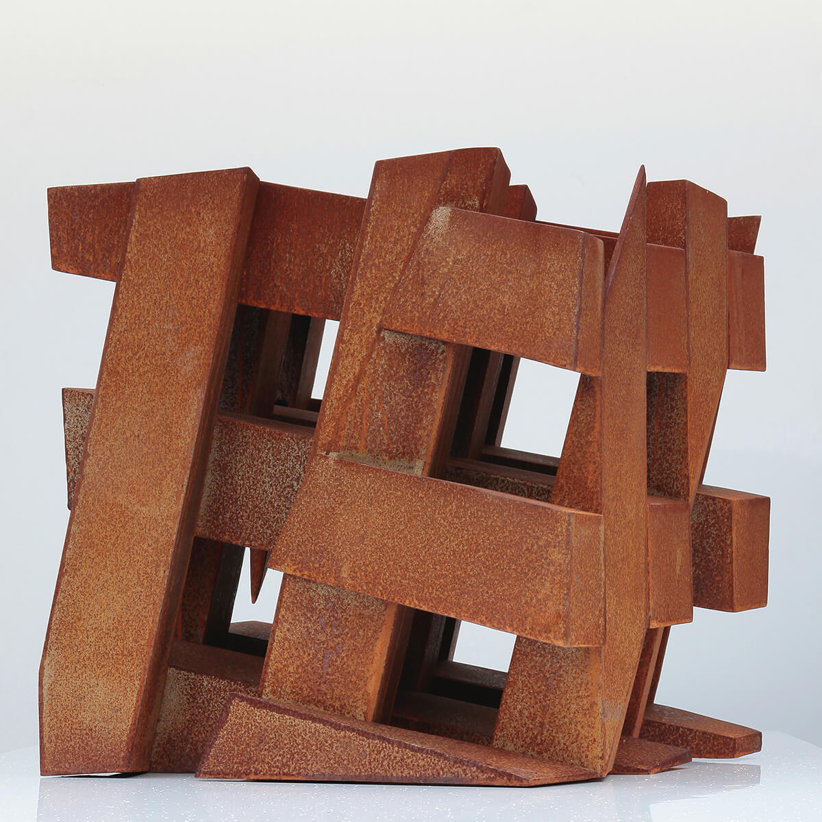 Bildhauer OMI Riesterer Skulpturen Würfel Stahl geschweisst