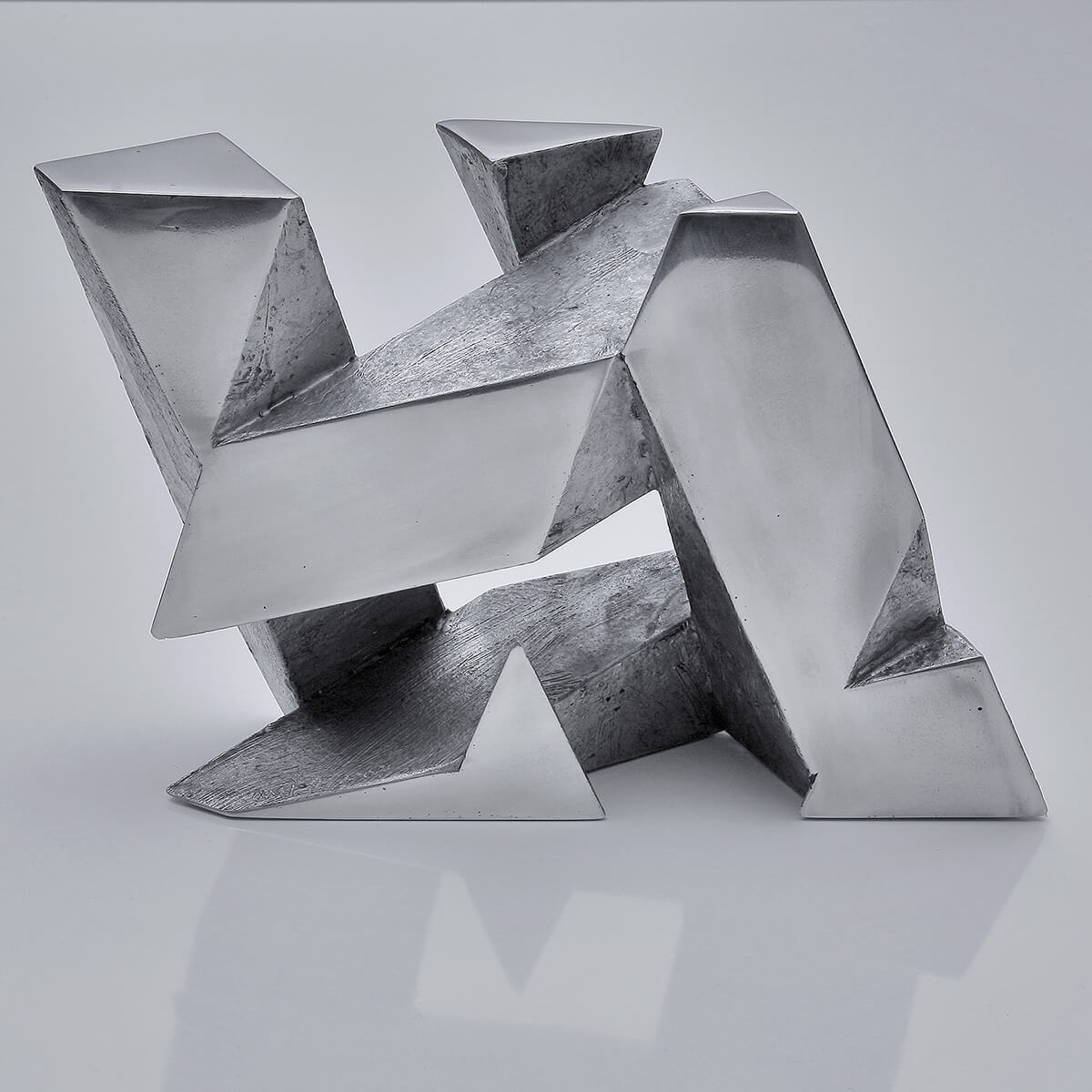 Bildhauer OMI Riesterer Skulpturen Würfel Aluminiumguss