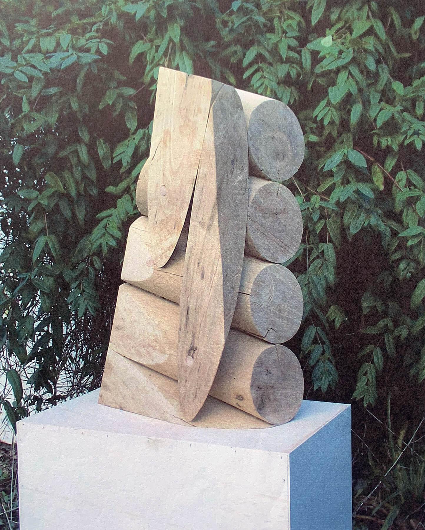 Bildhauer OMI Riesterer Skulpturen Rundteile Vogelahorn
